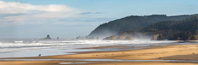 Cannon Beach - Haystack Rock - Oregon Coast