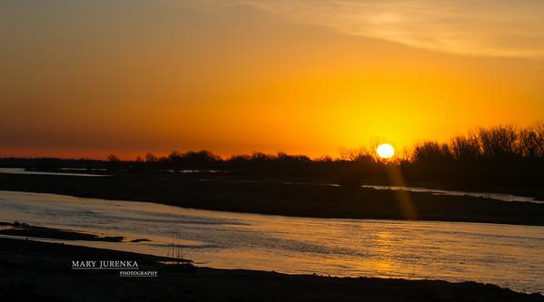 Sunrise on Platte Rover in Nebraska