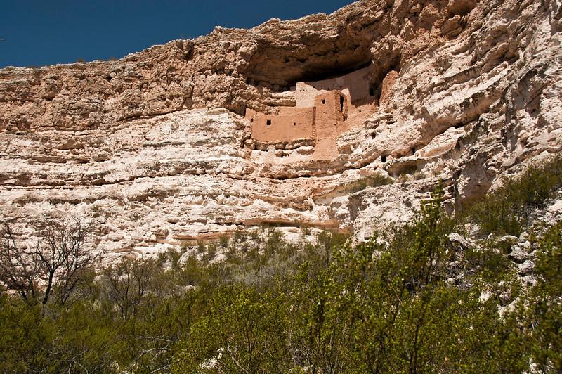 Montezuma Castle Monument - on the way to Sedona - Cliff Dwellings