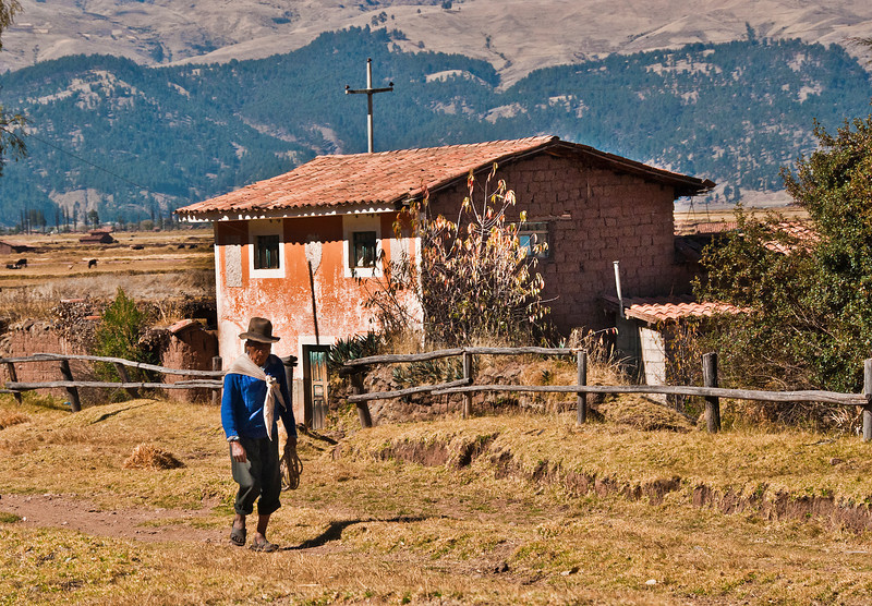 On the way to Machu Picchu - Andean farmer