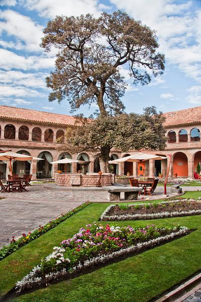 Cusco - The Monasterio - Garden/Plaza