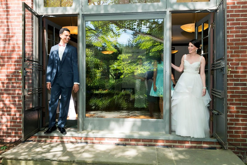 "© Anne Rearick (<a href=""http://www.arweddings.org/"">annerearickweddings.com</a>)"