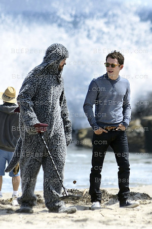 Elyad Wood,Jeson Gann and Fiona Gubelmann during the set of Wilfred by Fx Tv on Venice Beach,California.