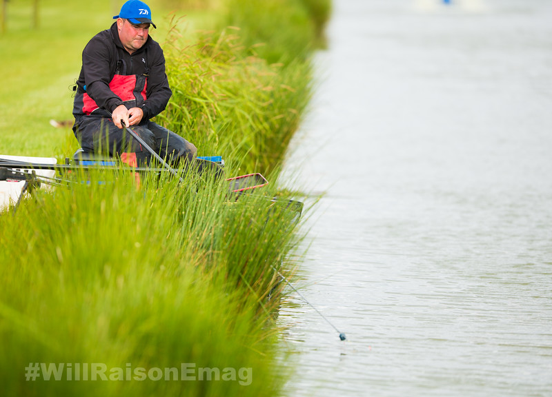 Will Raison tips casters and dead red maggots into the near margin swim from the pole cad attached to a silver painted top kit.