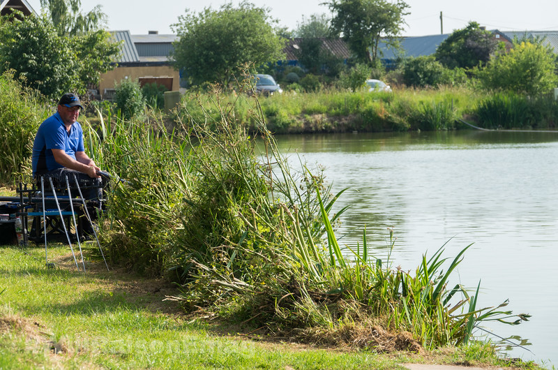 Signs Of Fish - Try the Margins.