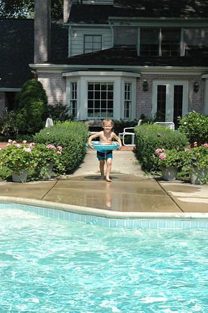 Jumping in Pool A (1)