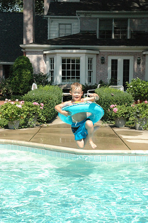 Jumping in Pool A (6)
