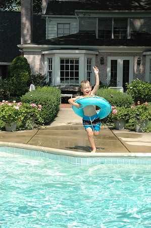 Jumping in Pool A (5)