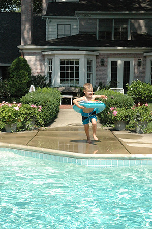 Jumping in Pool A (4)