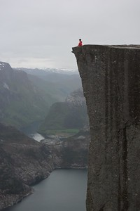 will cliffhanging stavanger (2)