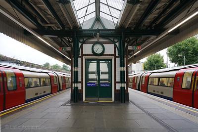 Willesden Green Station