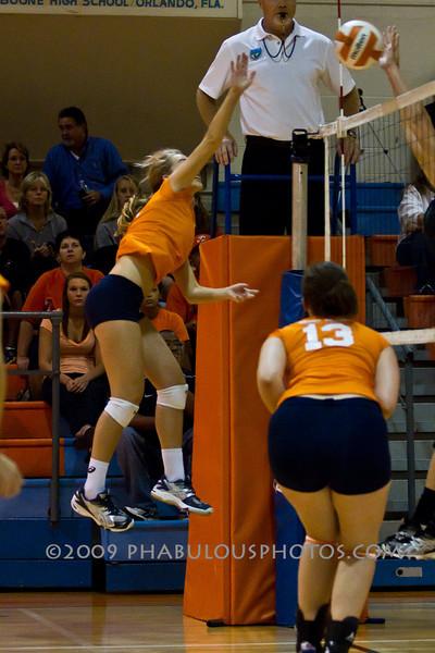 FHSAA PLAYOFFS 2010 Oviedo High School @ Boone High School Girls Volleyball DCE-IMG-0778
