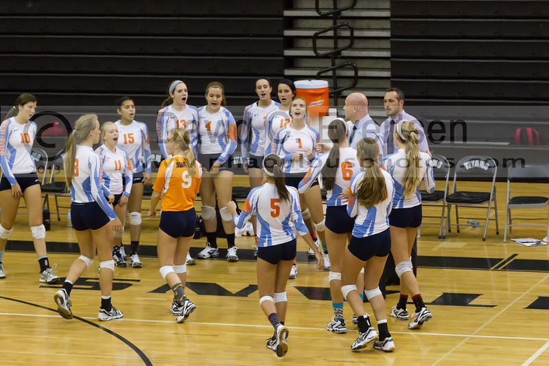 Boone Braves @ Olympia Titans  Girls Varsity Volleyball - 2013 - DCEIMG-1647