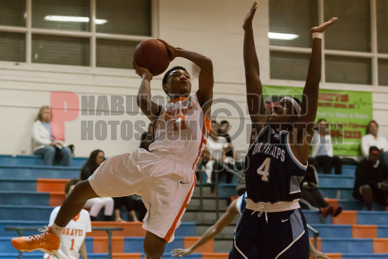 Dr  Phillips Panthers @ Boone Braves Boys Varsity Basketball - 2015 -DCEIMG-2071