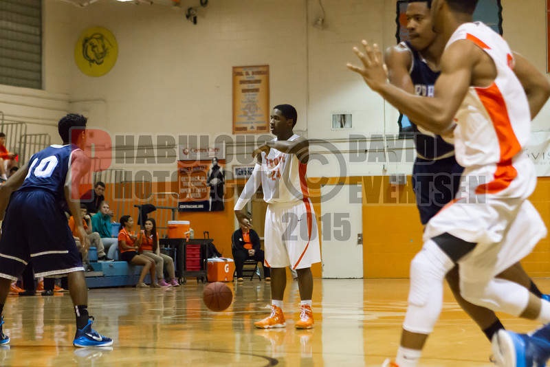 Dr  Phillips Panthers @ Boone Braves Boys Varsity Basketball - 2015 -DCEIMG-1208