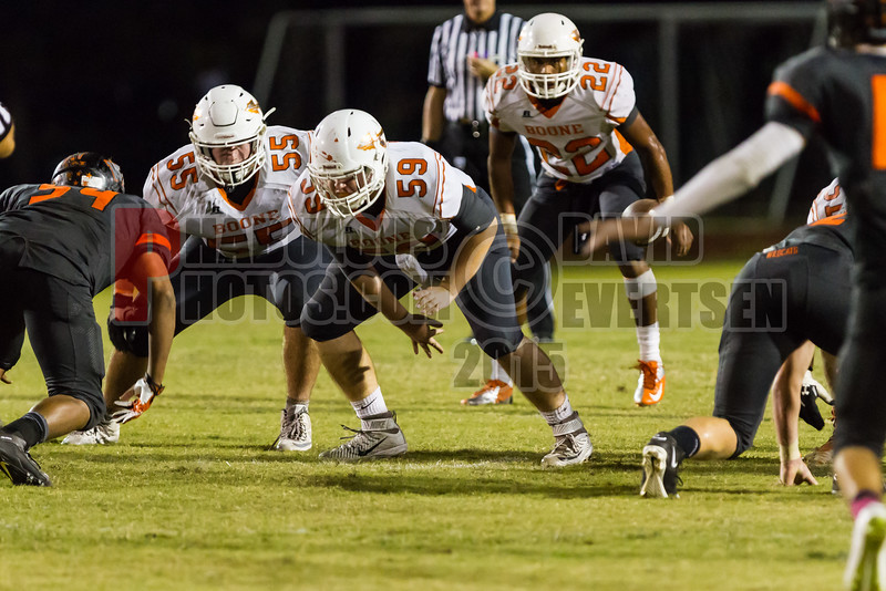 Boone Braves @ Winter Park Wildcats Varsity Football   -  2015 - DCEIMG-2011