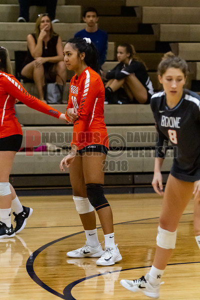 Boone Braves @ University Cougars Girls Varsity Volleyball -  2018- DCEIMG-7571