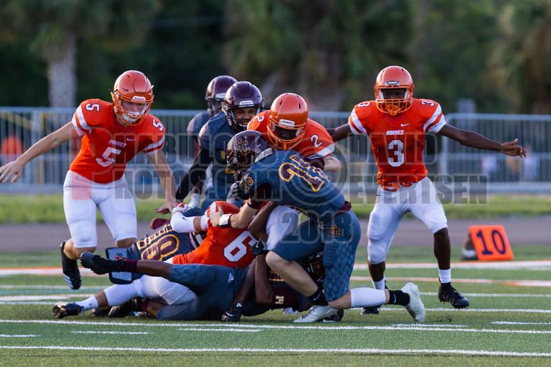 Saint Cloud Bulldogs @ Boone Braves Varisty Football -  2018- DCEIMG-1194