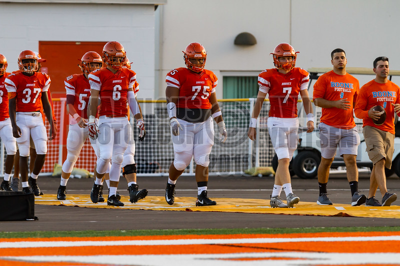 Saint Cloud Bulldogs @ Boone Braves Varisty Football -  2018- DCEIMG-1148