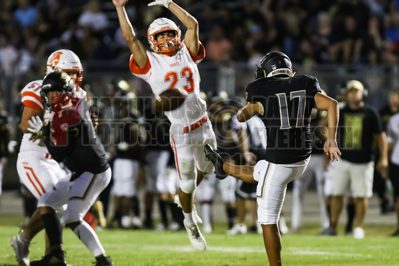 Boone Braves @ East Ridge Knighs Varsity Football -2019-DCEIMG-3319