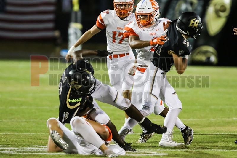 Boone Braves @ East Ridge Knighs Varsity Football -2019-DCEIMG-3397