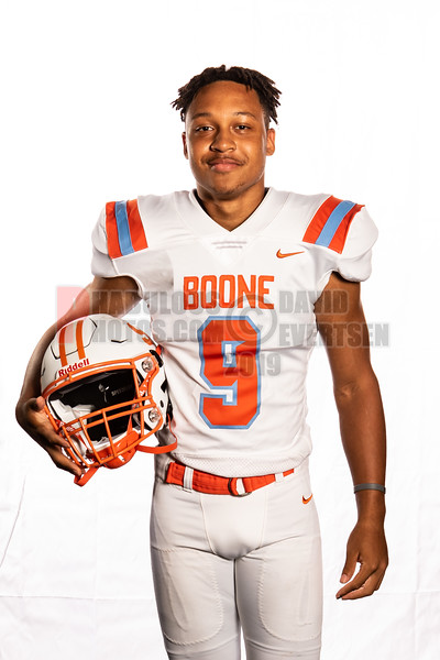Boone FB Seniors Shots  -2020-DCEIMG-9173