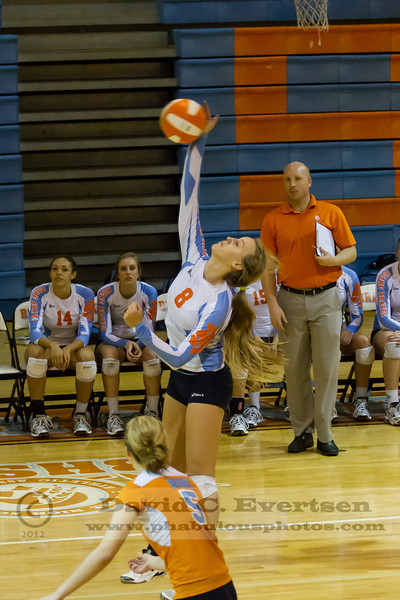 Edgwater Eagles @ Boone Girls Varsity Volleyball -  2012 DCEIMG-4174