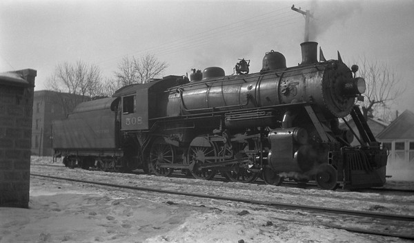 2013.010.CGW.S.0508--bill kuba 116 neg--CGW--steam locomotive 4-6-0 508--location unknown--no date