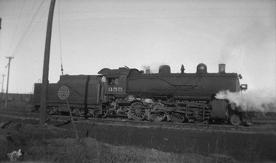 2013.010.CGW.S.0355--bill kuba 116 neg--CGW--steam locomotive 2-8-0 355--Cedar Falls IA--no date