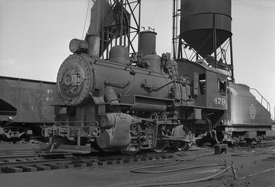 2013.010.CGW.S.0479--bill kuba 6x9 neg--CGW--steam locomotive 0-6-0 479--Oelwein IA--1949 0000