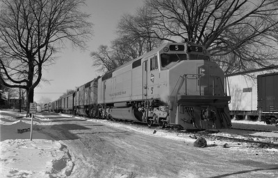 2013.010.MILW.D.0005--bill kuba 6x9 neg--CMStP&P--EMD diesel locomotive 5 on passenger train 104--Marion IA--1969 0104