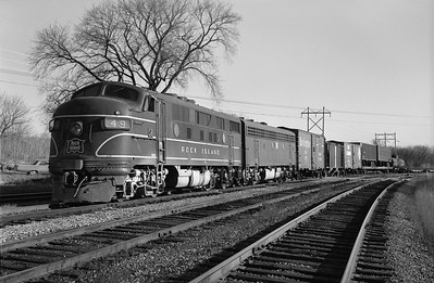 2013.010.CRIP.D.0049--bill kuba 6x9 neg--CRI&P--EMD diesel locomotive 49 on westbound freight train 99--Cedar Rapids IA--1965 1122