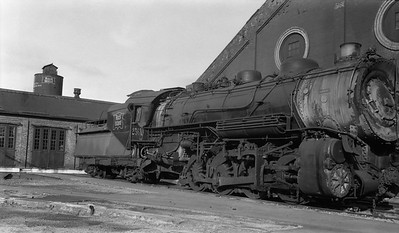 2013.010.CRIP.AS.2561--bill kuba PC neg [Joseph Sleger]--CRI&P--steam locomotive 2-8-2 K-60 2561 wreck damage--Cedar Rapids IA--1938 1113