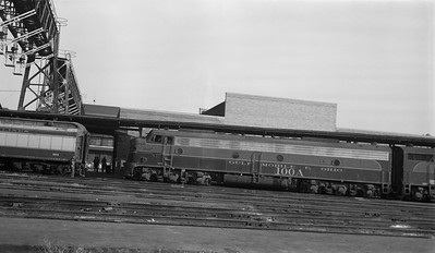 2013.010.GMO.D.0100A--bill kuba 116 neg--GM&O--EMD diesel locomotive 100A at Union Station--St Louis IL--1963 1023