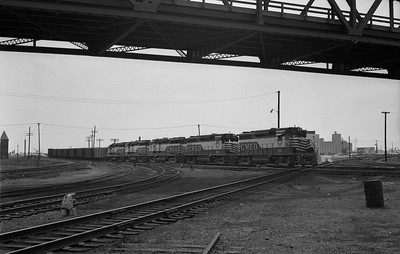 2013.010.GMO.D.0501--bill kuba 6x9 neg--GM&O--EMD diesel locomotive 501 on northbound freight train--East St Louis (Relay) IL--1964 0411