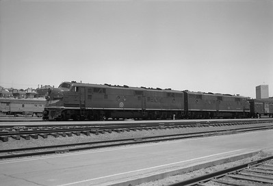 2013.010.MP.D.0009--bill kuba 6x9 neg [FHW]--MP--EMD diesel locomotive 9--El Paso TX--1965 0506