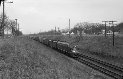 2013.010.MP.D.0040--bill kuba 6x9 neg--MP--EMD diesel locomotive 40 on westbound passenger train 15--East Pacific MO--1964 0411