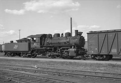 2013.010.CMO.S.0084--bill kuba 6x9 neg--CStPM&O--steam locomotive 0-6-0 M-3 84 switching freight cars--Altoona WI--1952 0000