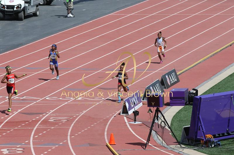 2017 AAU Jr Olympics_200m Dash_010