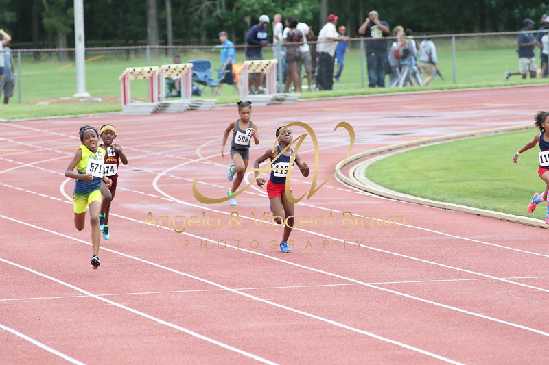 2017_WTC_AAU_RegQual_Girls 200m Trials_021