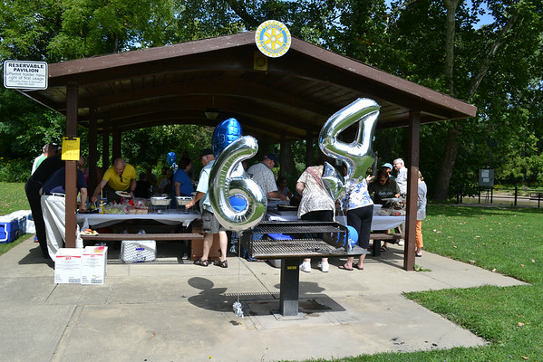 Reunion Picnic at Daniels Park in Willoughby
