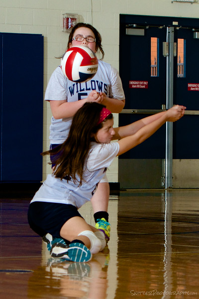 willows academy middle school volleyball 10-14 43.jpg