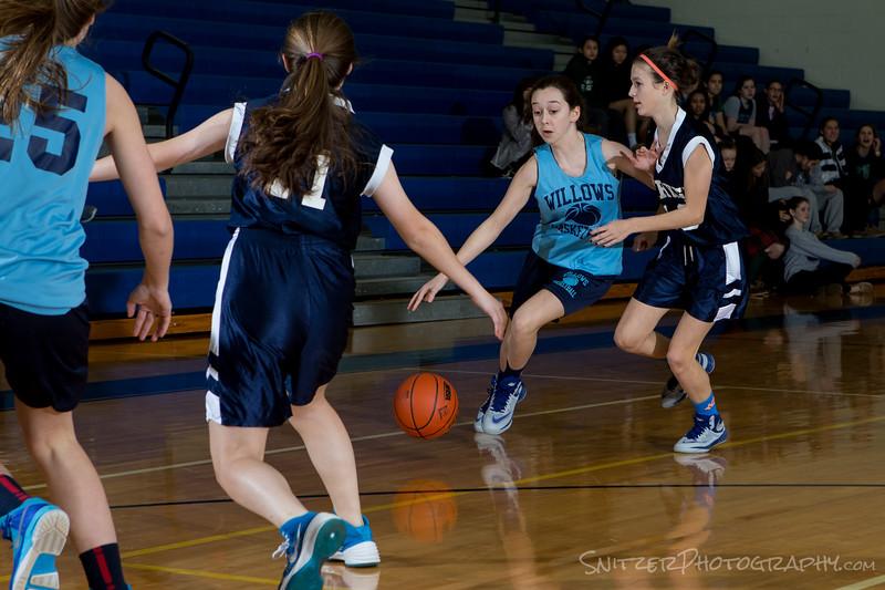 willows middle school hoop 1-27-16-1237.jpg