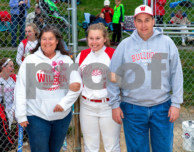 Wilson Girls Softball Fans 4-25-18