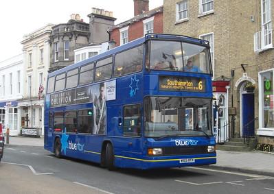 1665 - W165RFX - Lymington (High St) - 4.4.13