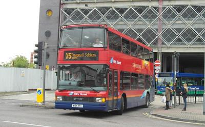 1664 - W164RFX - Swindon (bus station) - 16.8.13