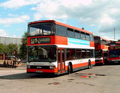 1663 - W163RFX - Lymington (bus depot) - 14.8.05