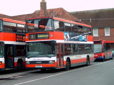 1654 - R154NPR - Salisbury (bus station) - 26.08.06