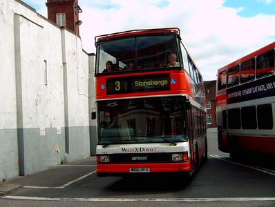 1666 - W166RFX - Salisbury (bus station) - 26.08.06