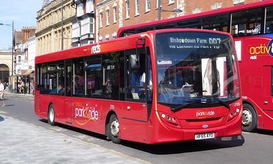 2725 - HF65AYD - Salisbury (Blue Boar Row)